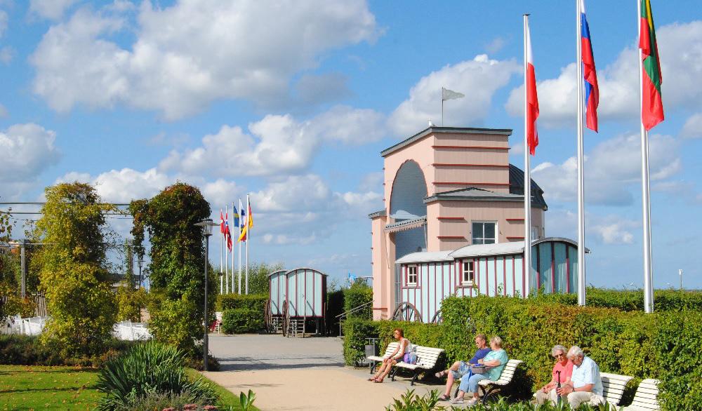 Bansin ist das jüngste der drei Kaiserbäder auf Usedom und berühmt für seine Bäderarchitektur-Villen