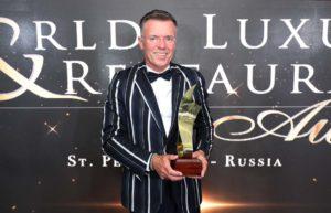 Geschäftsführer Johann Mauracher nahm den World Luxury Spa Award für sein Haus Ayurveda-Resort SONNHOF entgegen. Foto@ Marketing deluxe